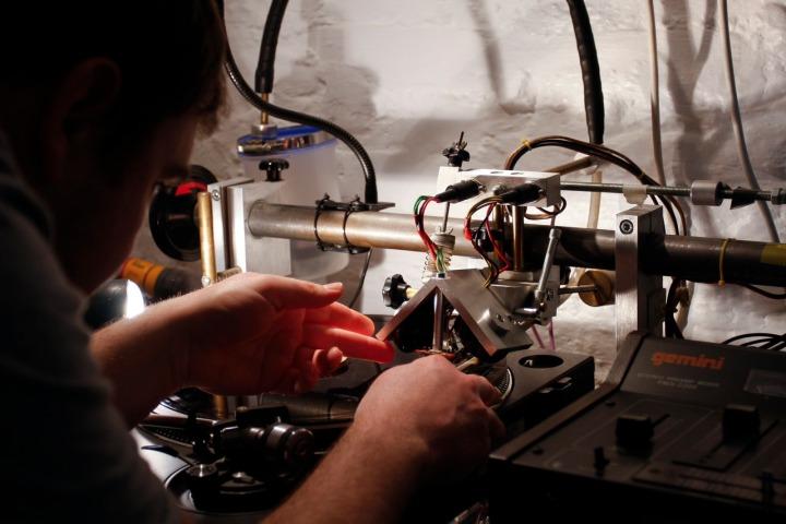 Henry Heatwave working at Dub Studio in Bristol. Copyright Elena Goodrum